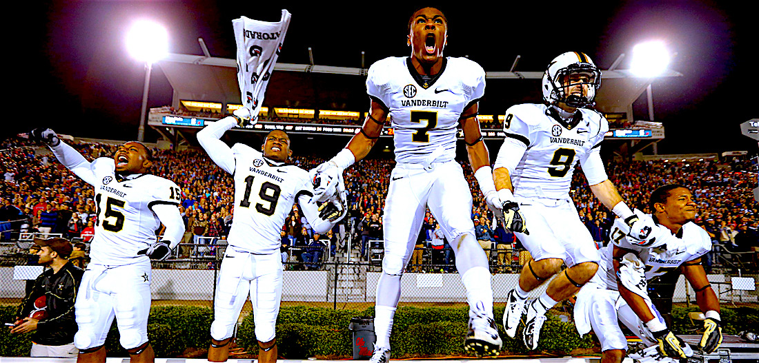 vandy-football-celebrating